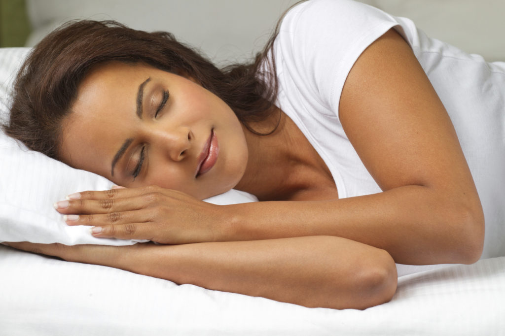 With these techniques you will be able to improve your sleep in summer